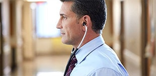 Learn how to wear a Litmann stethoscope in the right way