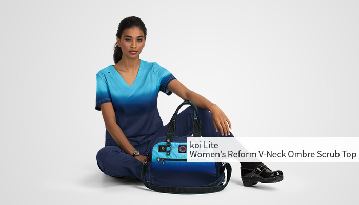 veterinarian with matching scrubs and bag