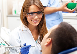 A Step-by-Step Guide: How to Become A Dental Assistant